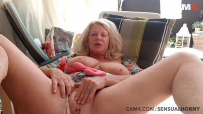 sister wants to fuck now
